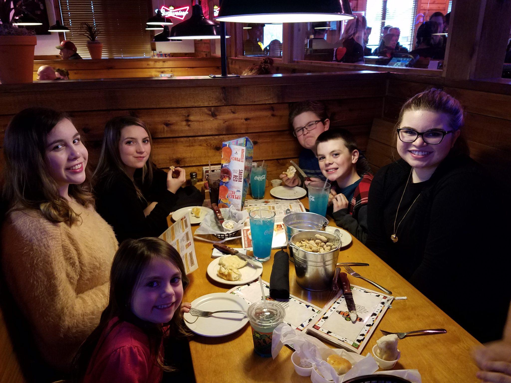 Restaurant Kids Eat Free
