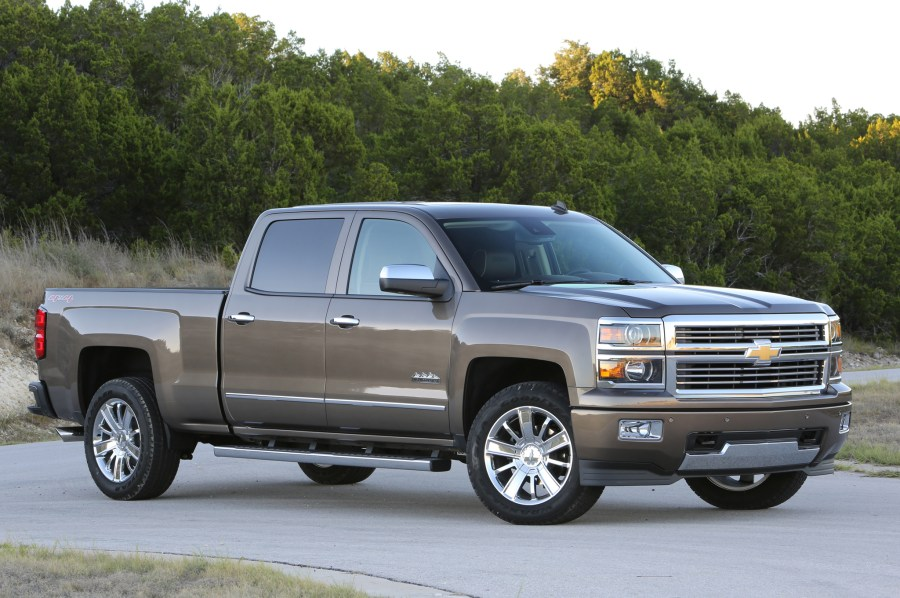 2014 Chevrolet Silverado High Country and GMC Sierra Denali 1500 6 2     2014 Chevrolet Silverado High Country and GMC Sierra Denali 1500 6 2 First  Drive