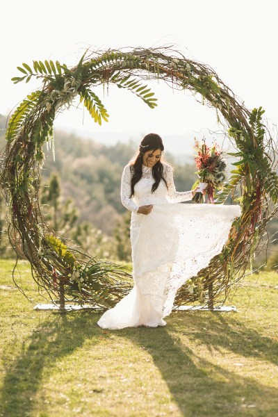 Circle and Semi Circle Arch   Wedding   Party Rentals in San Diego  CA PrevNext