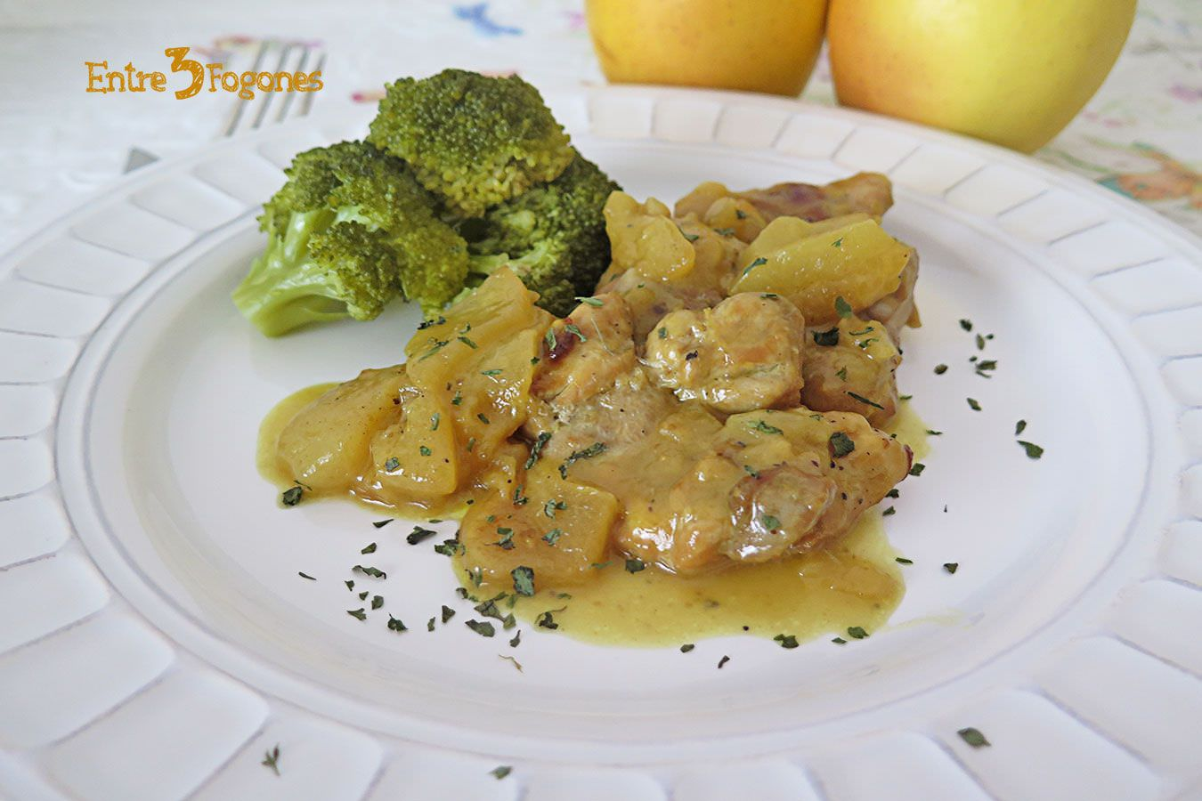 Photo of Pollo a la Sidra con Manzanas