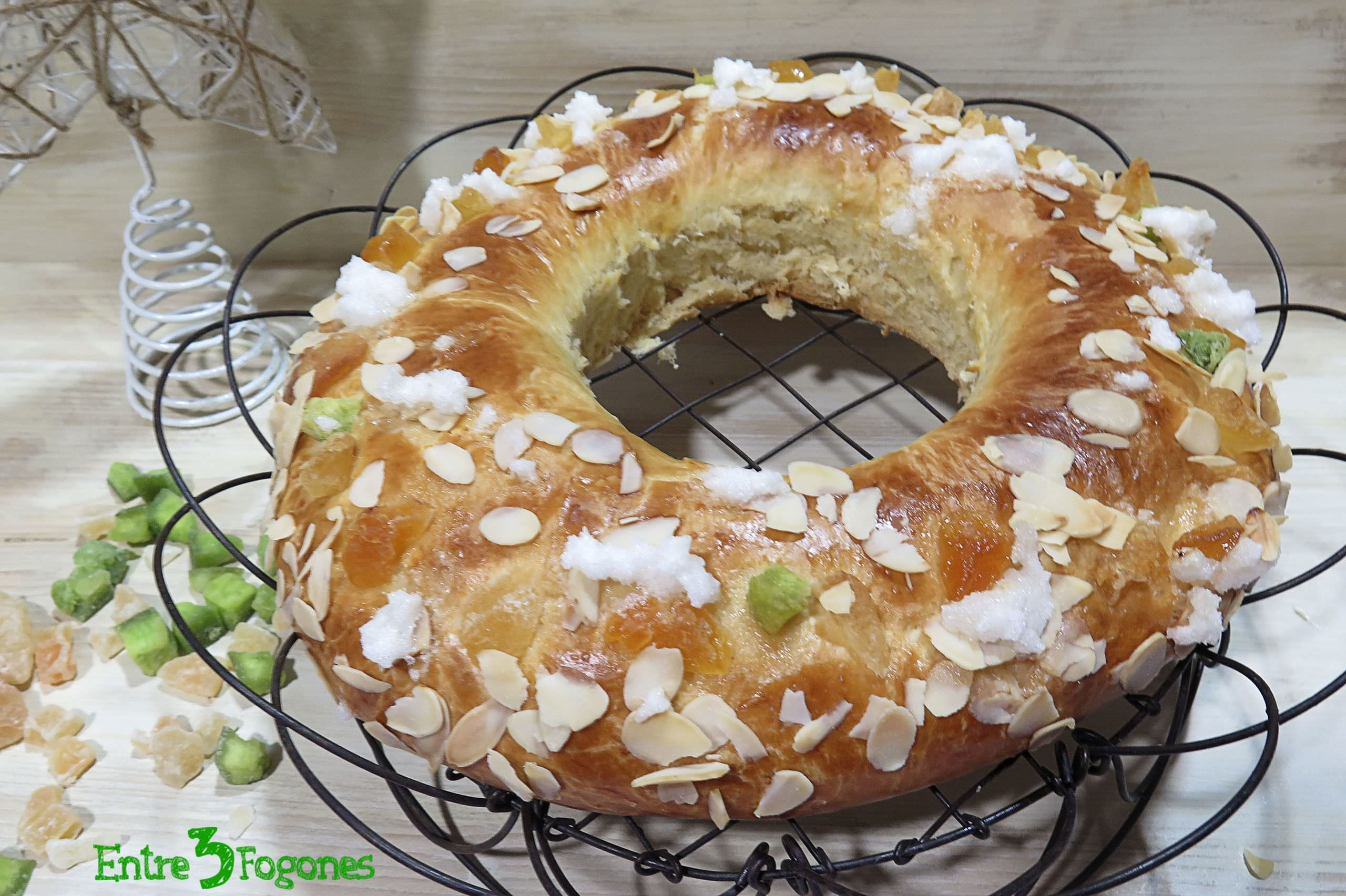 Photo of Roscón de Reyes con Frutas y con Chocolate