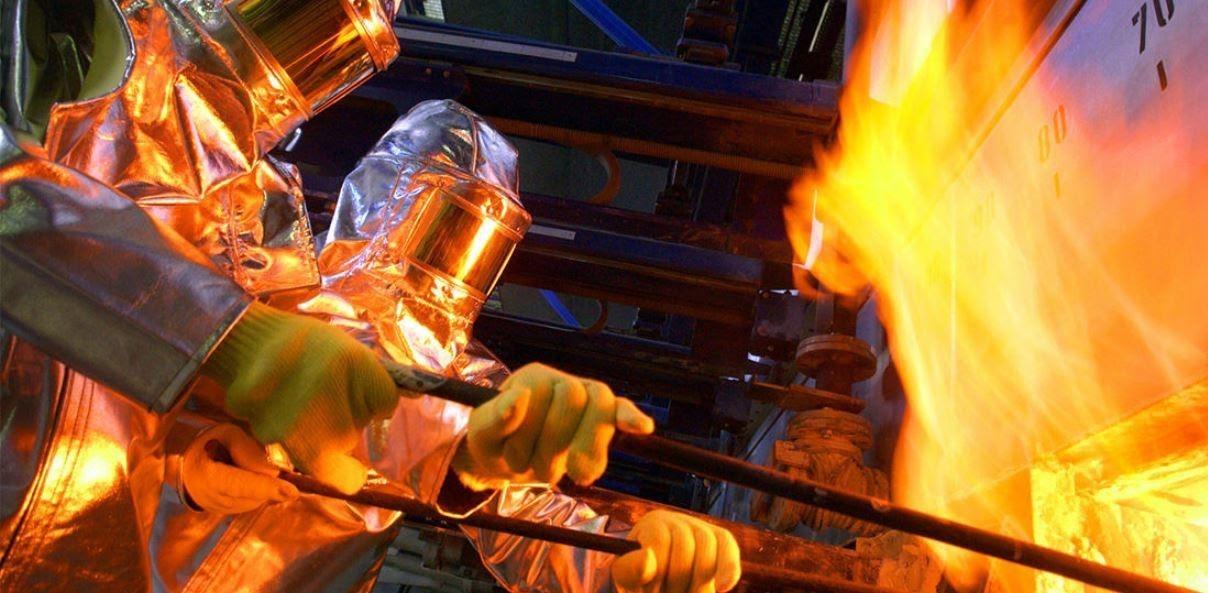 كيفية صنع الزجاج