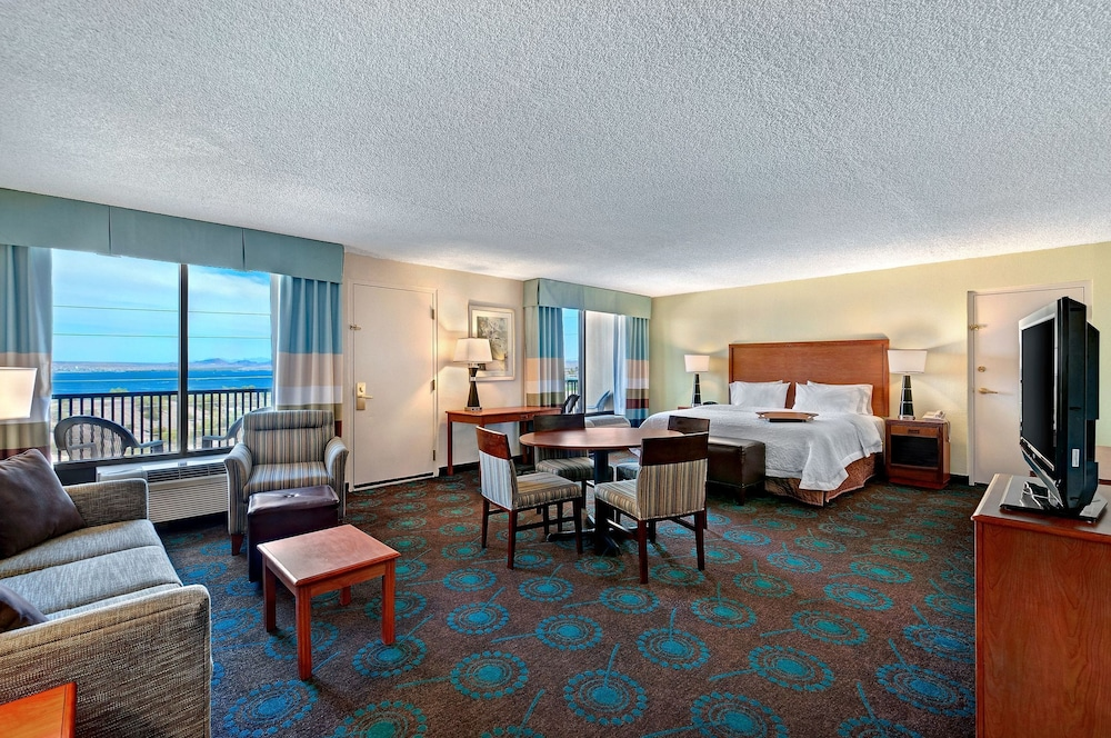 Book Hampton Inn Lake Havasu City in Lake Havasu City   Hotels com Hampton Inn Lake Havasu City  Lake Havasu City  Suite  1 King Bed