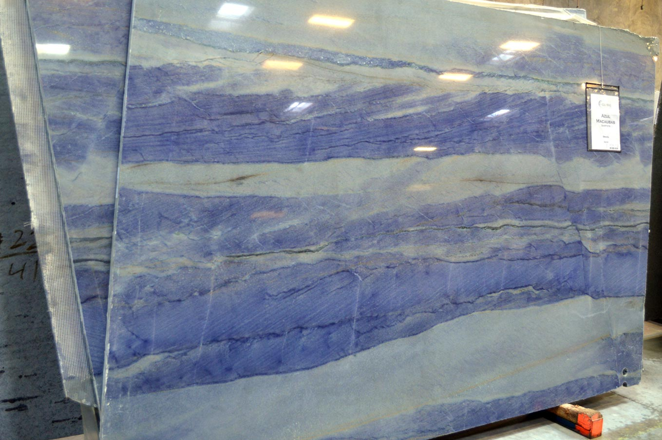 Azul Macaubas Express Granite