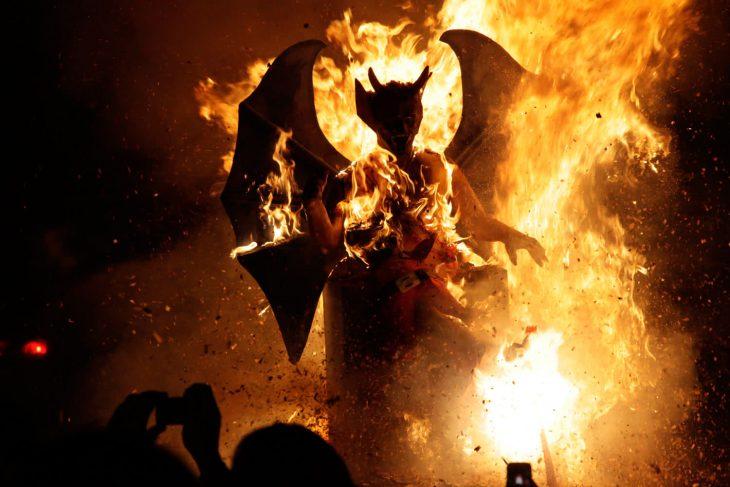 Гватемала сожжение дьявола