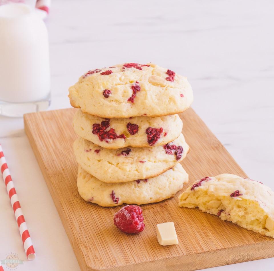 Big Raspberry cheesecake Cookies recipe
