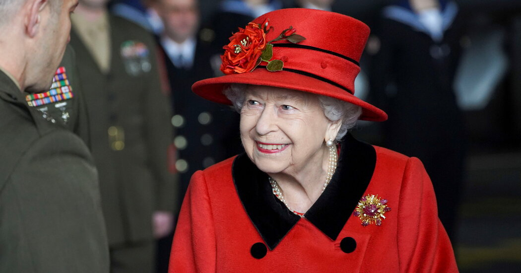 presidentbiden queenelizabeth trip firstlady biden buckinghampalace windsorcastle jillbiden lady president europe queen castle windsor month