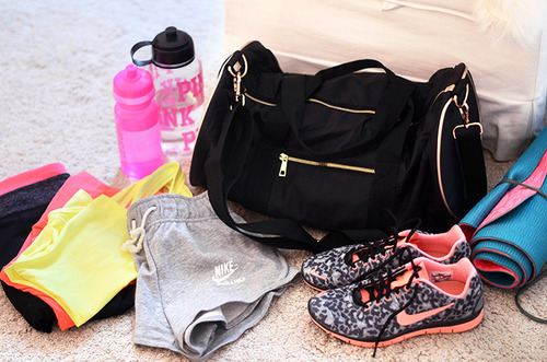 workout workoutclothes work workhard justdoit nike nikerunning nikerun nikerunningshoes nikesport clothing shopping bag girl girly dream gym run running jog jogging tips colors colorful fitspo fit fitness