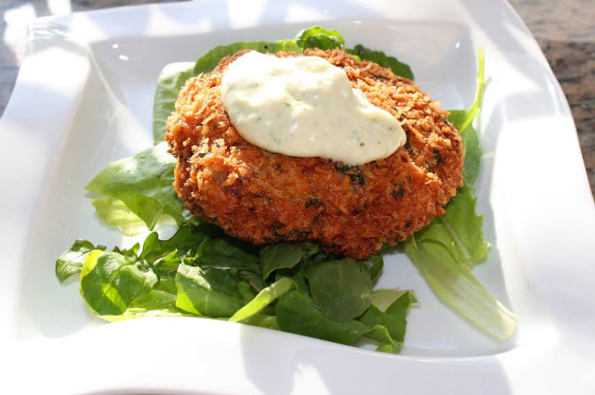 infusemeinc powerhousemallshopping crabcakes goodeats yummy boston lebanon hanover uppervalley