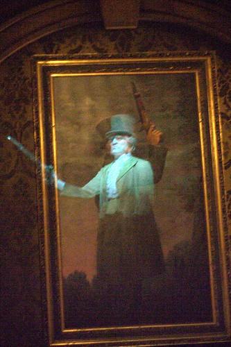 Haunted Mansion Holiday Portraits