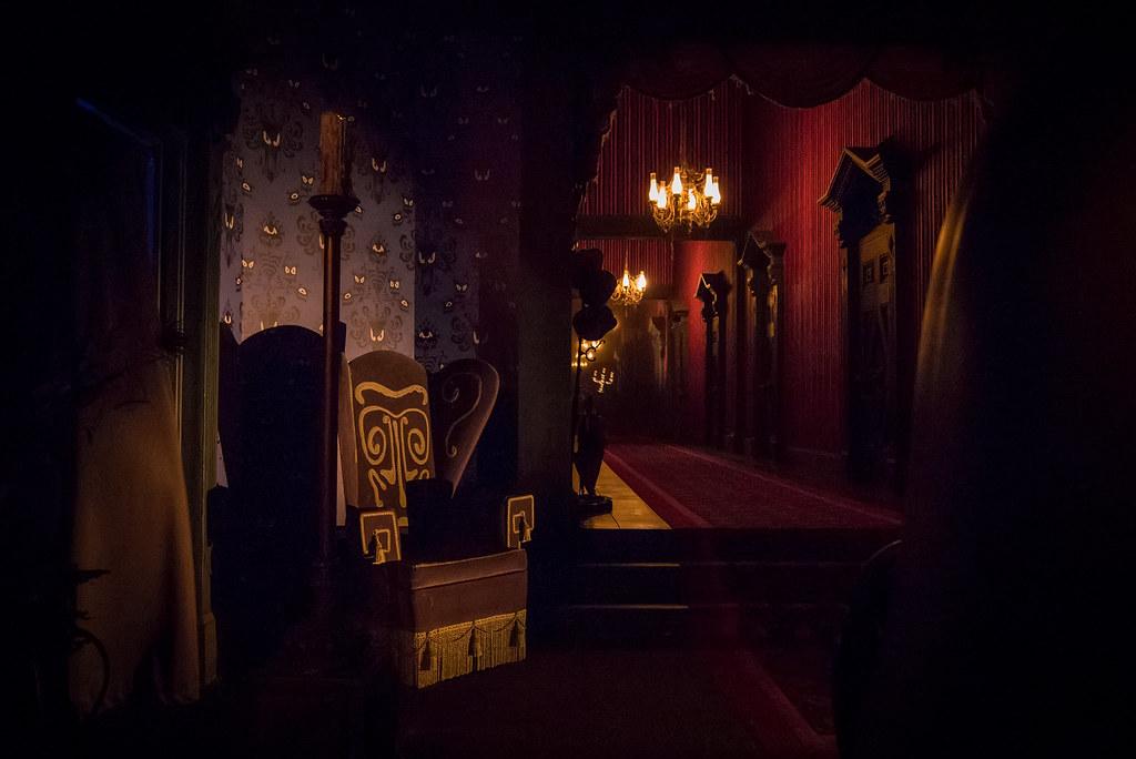 Disney Mansion Haunted Portraits