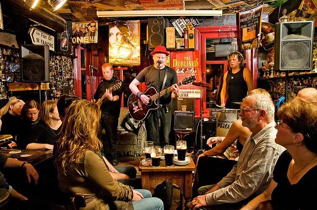 17 Irische Tage 16 Jahre Irish Pub Red Live