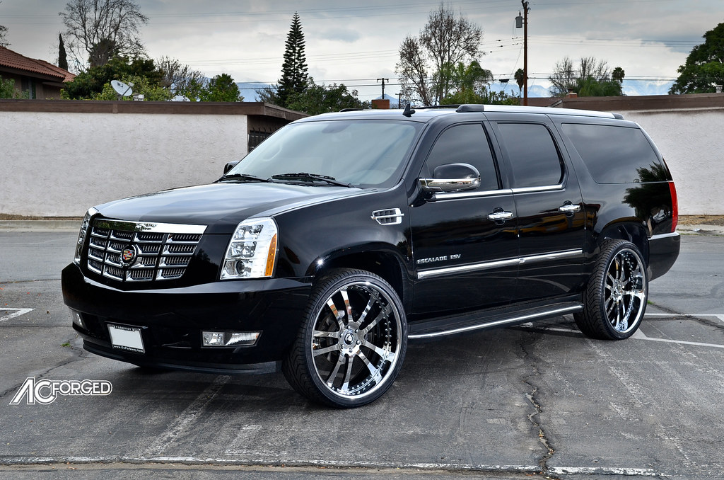 Custom Chrome Rims 2007 Cadillac Escalade