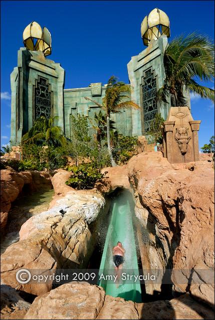 Power Tower Atlantis Paradise Island Bahamas The Awe