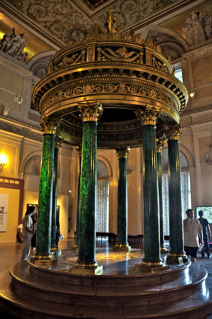 Hermitage Winter Palace Interior Malachite Colums In