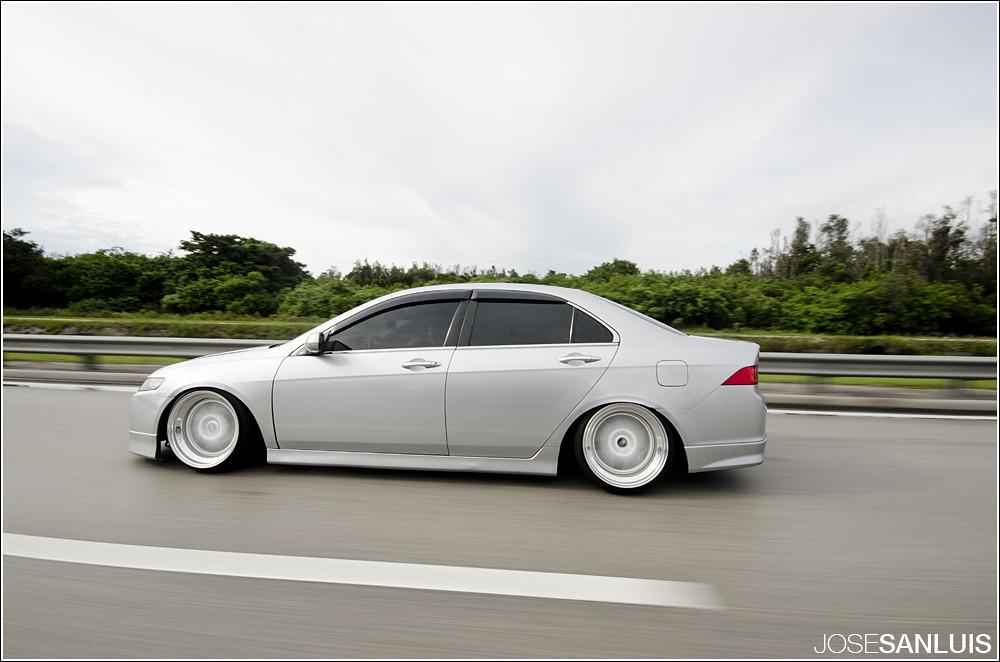 White 06 Acura Tl Slammed