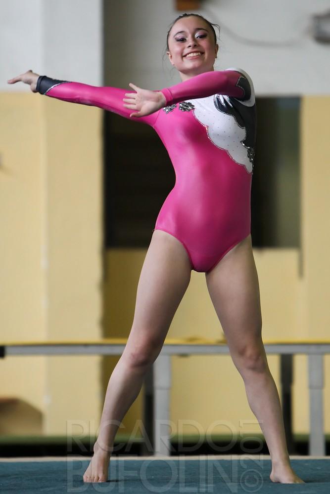 Camel athletics toe images Juniot girls