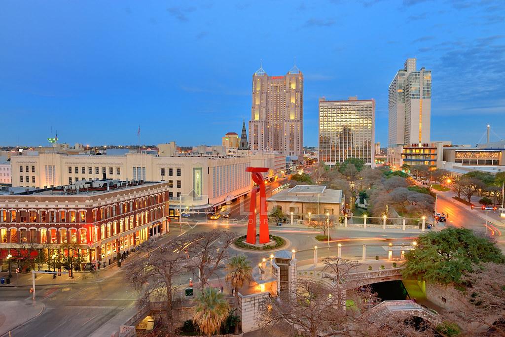 Grand Hyatt San Antonio Water