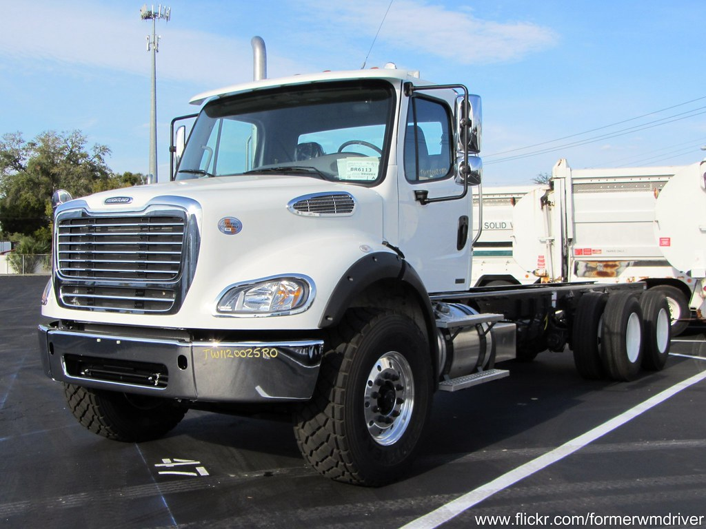 Freightliner M2 112 Truck
