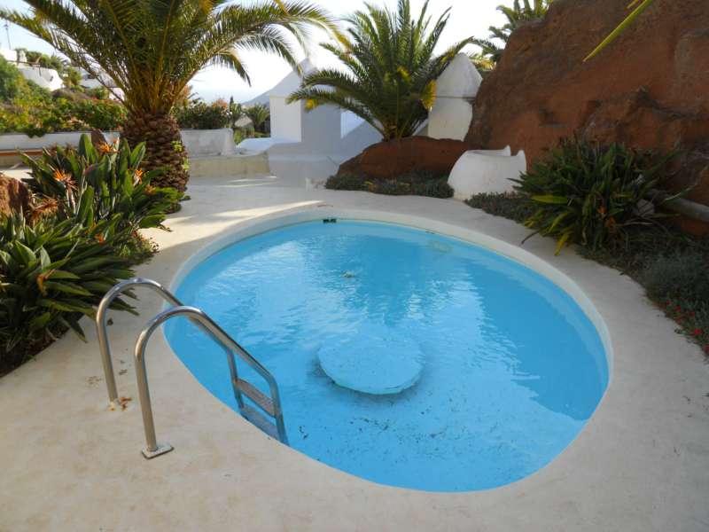 Fachadas de casas puerto rico for Fotos de piscinas modernas en puerto rico