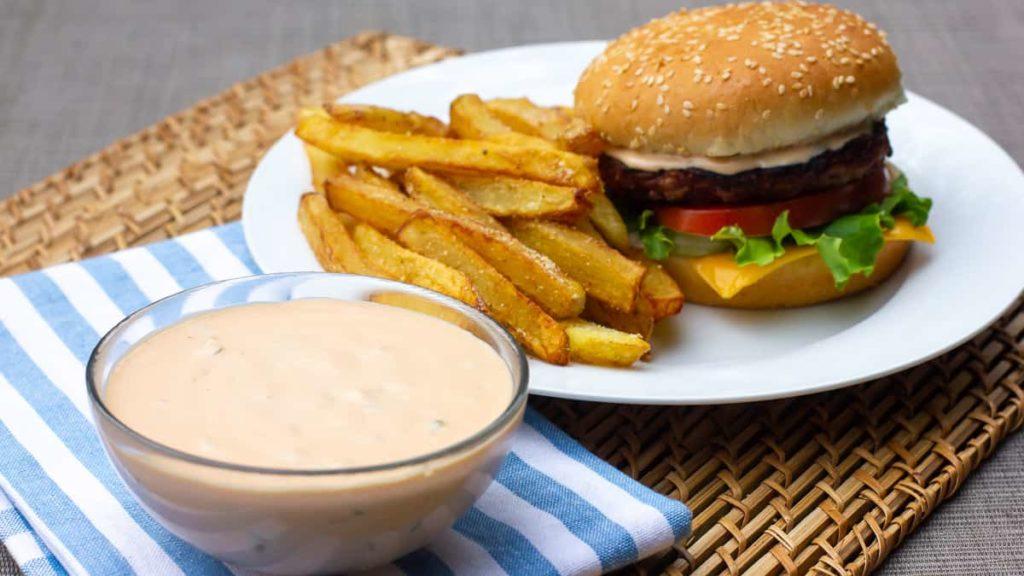 Burger με φωτογραφία μπέικον