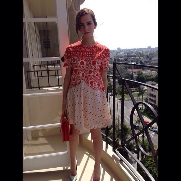 Rate Emmas Outfit - Page 20 - Fashion Forum - The Emma ...