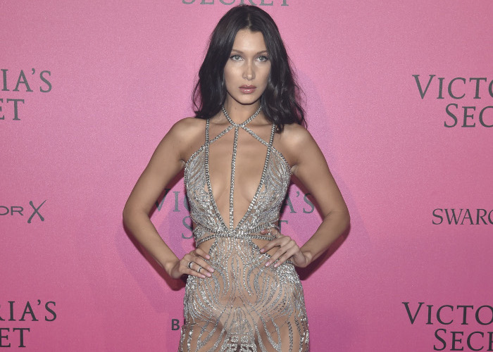 15-Celebrities-Obssesed-With-Naked-Dresses-Bella-Hadid