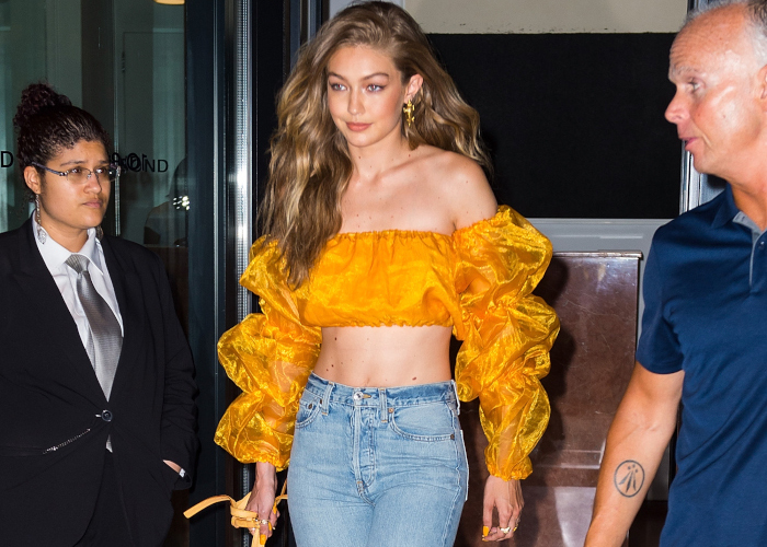 Celebrities-Who-Do-Street-Style-The-Sexy-Way-Gigi-Hadid