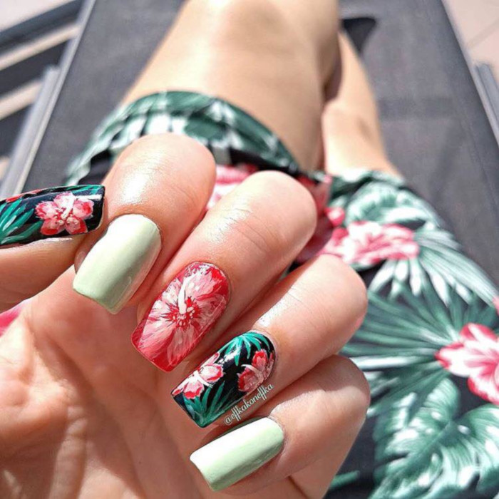 Summer Mood Tropical Nail Designs floral nails