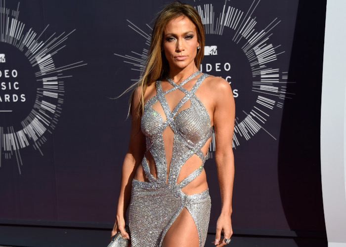 The-Hottest-Red-Carpet-Appearances-Ever-Jennifer-Lopez-