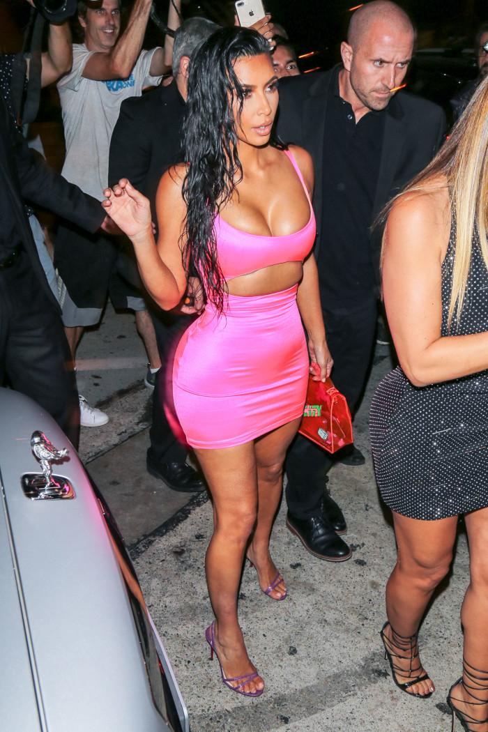 Hot-Celeb-Going-Out-Looks-Kim-Kardashian
