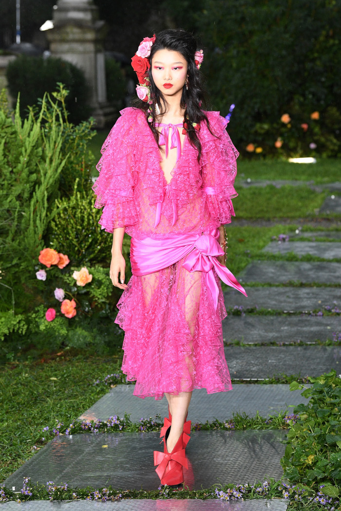 10-Hottest-Pink-Outfits-From-NYFW-2018-Rodarte