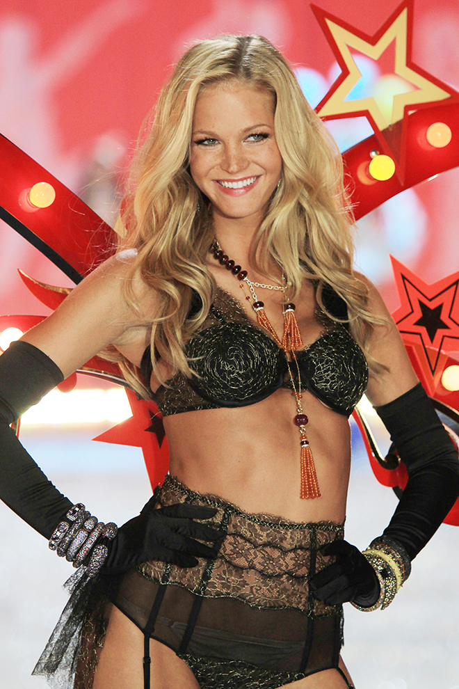 Makeup Tutorial Inspired by Victoria's Secret Angel Erin Heatherton