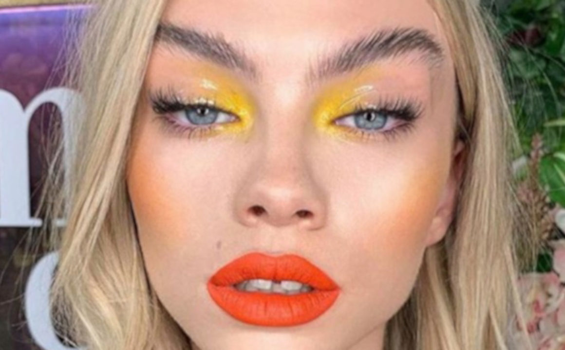 How To Incorporate Neon Colors In Your Winter Makeup Looks