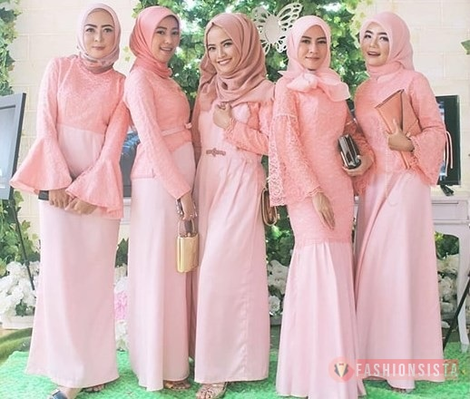 Model Dress Brokat Panjang Terbaru 28