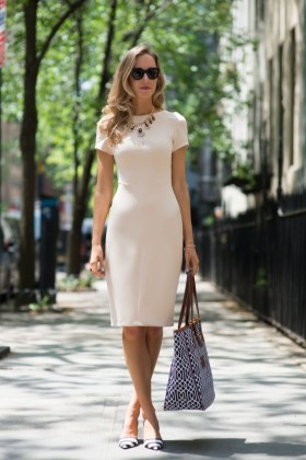How To Wear Dresses With Flat Shoes 2018   FashionTasty com Cream white pencil knee length dress with short sleeves looks fabulous  Try  it on with a beautiful necklace and black white striped pointed toe flat  pumps