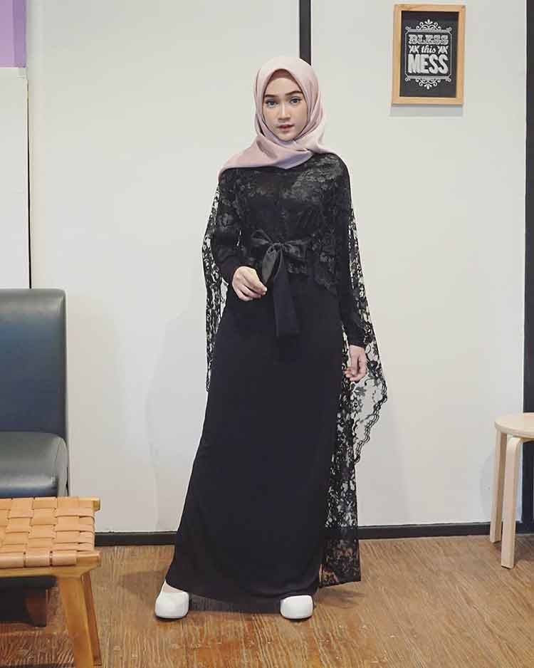 Model Gaya Baju Pesta Brokat 17