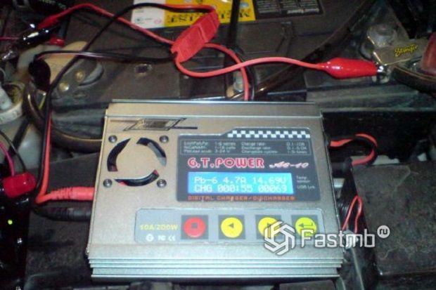 Восстановление аккумулятора автомобиля – особенности работы