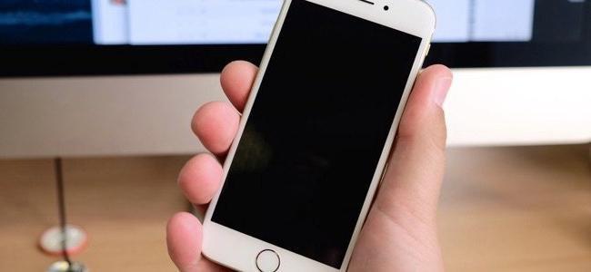 айфон 5 не включается что делать и не заряжается