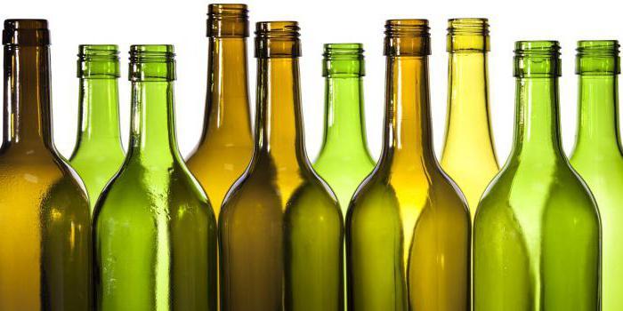 почему нельзя ставить пустую бутылку на стол, откуда это пошло