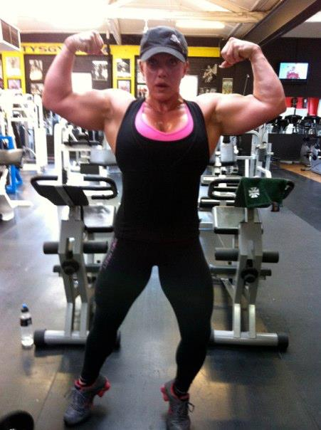 Australia S Strongest Woman Sharon Waters Femalemuscle