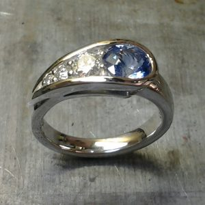 peas in a pod sapphire/diamond dinner ring 19k