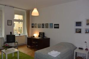 1 Raum- Wohnung im Hinterhaus mit separate - Berlin Prenzlauer Berg