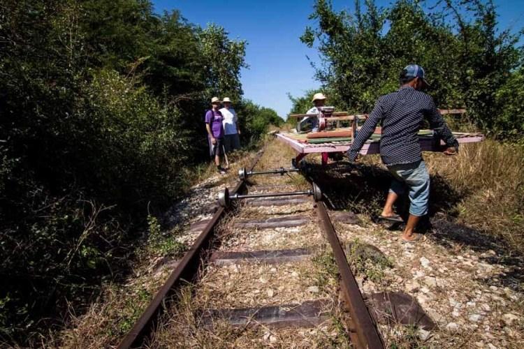 馬德望竹火車 Battambang