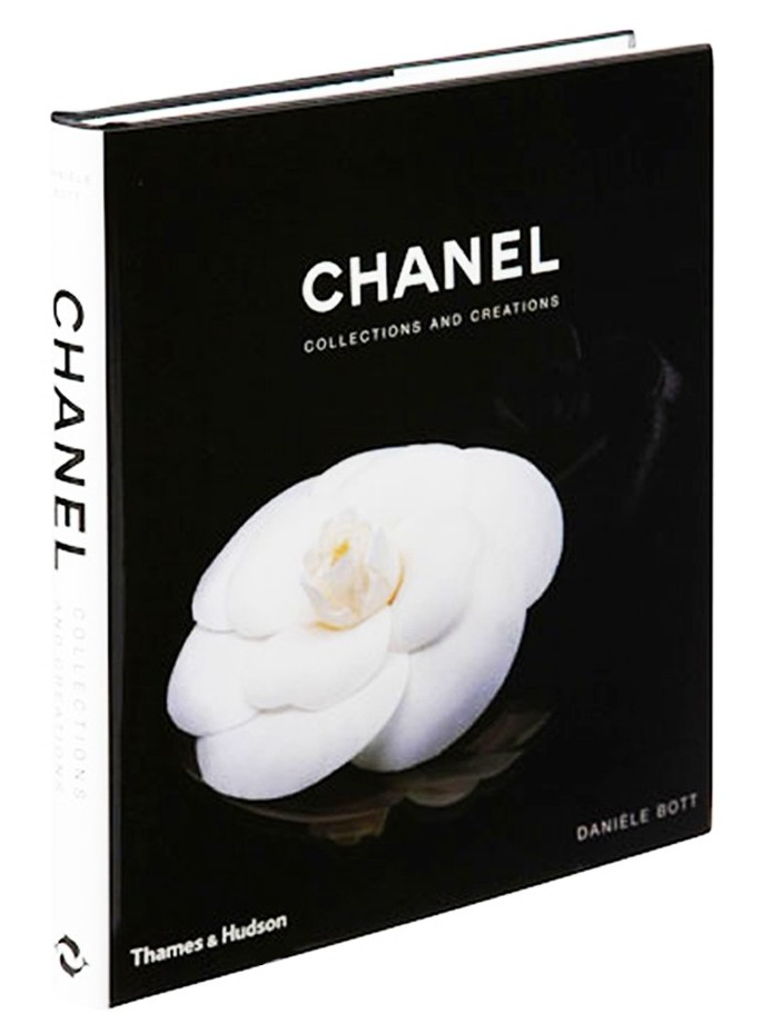 chanel-coffee-table-book-internal-page-1-804x1208