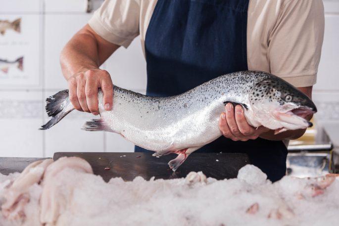Hur man väljer en fisk för saltning