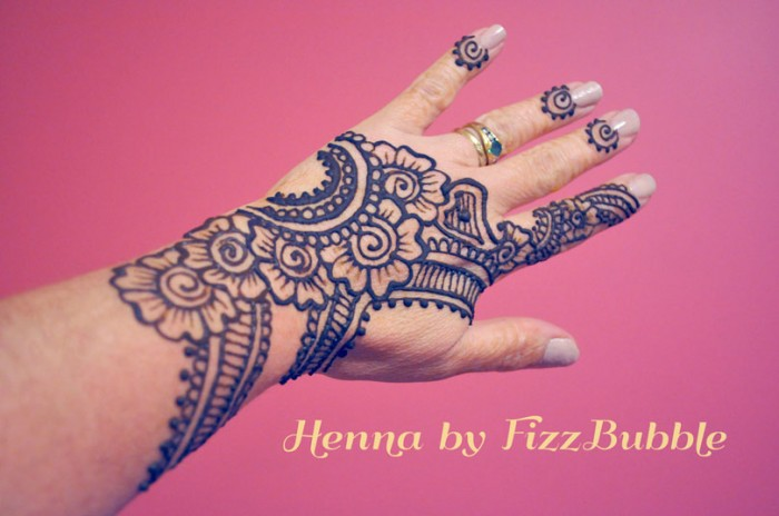Henna Art Fizz Bubble Face Painting And Body Art