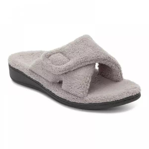 Vionic Indulge Relax - Women's Slippers - Flow Feet ...