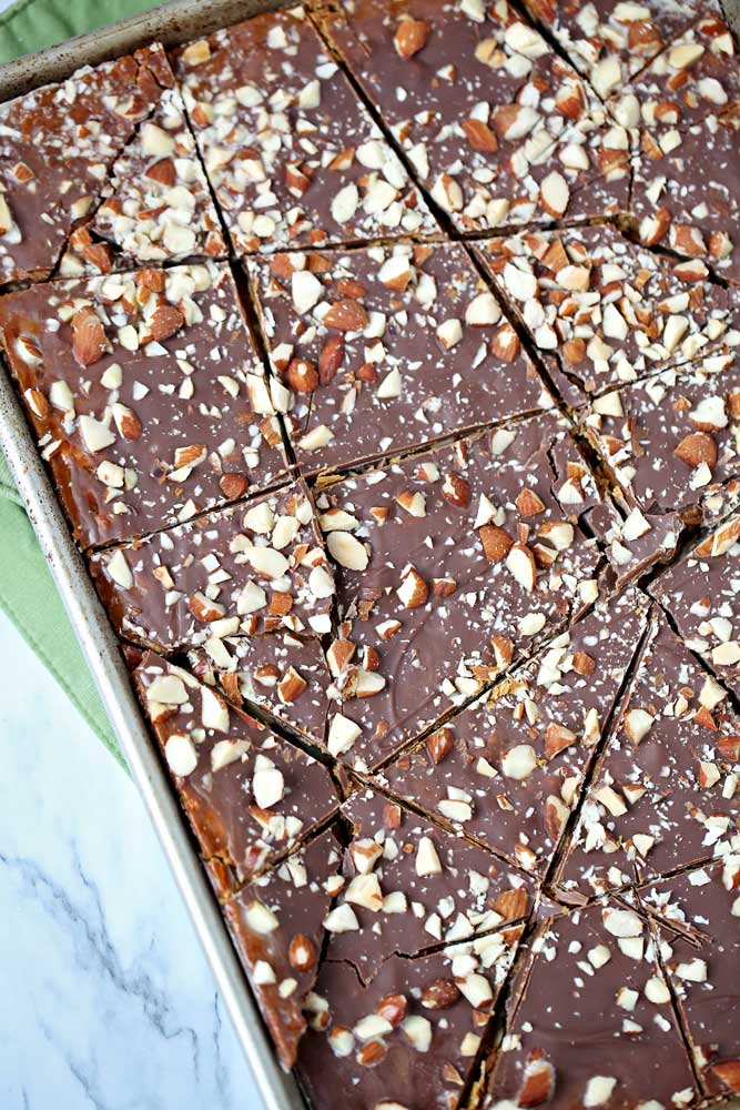 Easy homemade Almond Roca Brittle