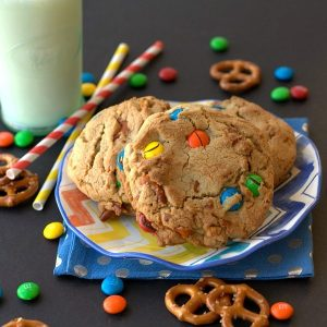 3 cookies on a plate.